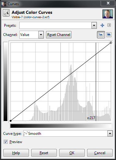 Curves dialog with a value point (217) for my sampled pixel.