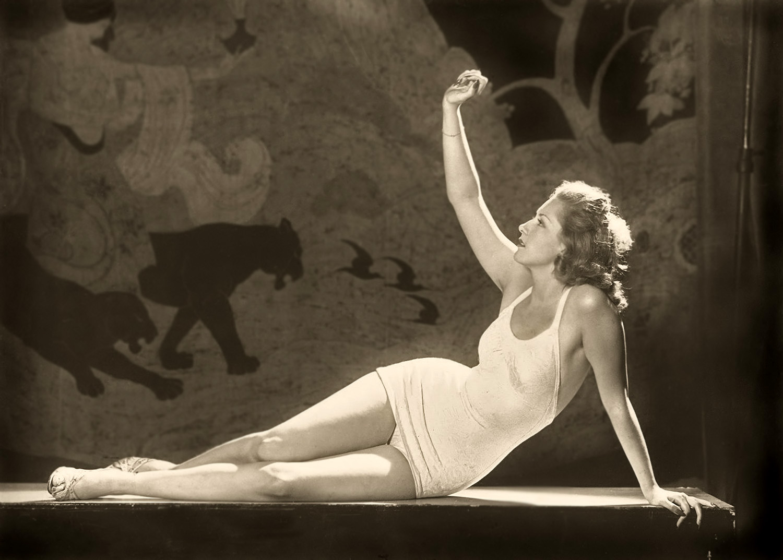 Pat David Ziegfeld Follies Woman Reclining